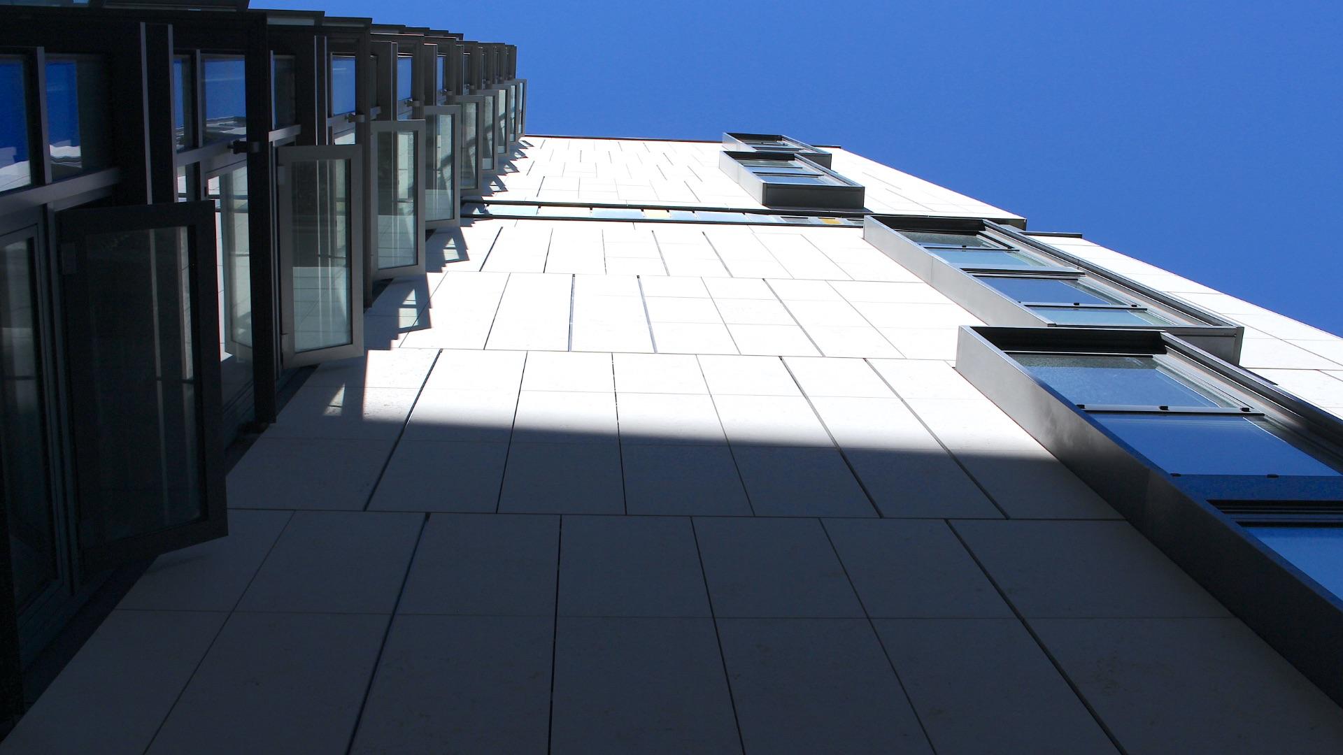 facade subcontractor