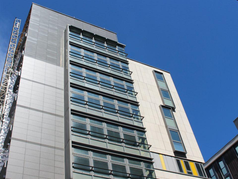 facade sf5 service in uk